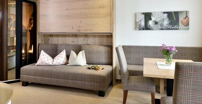 Bild von Wohn- & Essbereich in der Venediger-Suite